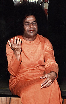 Sai-Inspires-from-Prasanthi-Nilayam-Sathya-Sai-Baba-Teachings_quotes-Sayings-Answers