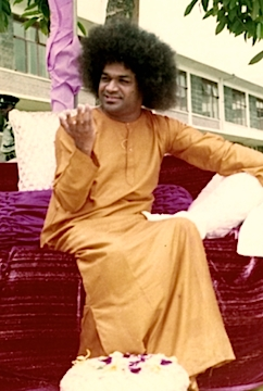 What is the benefit of accomplishing or maintaining a pure and loving heart? Bhagawan lovingly answers this most important question for us today.